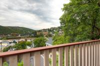 Woodside Vacation Rental
