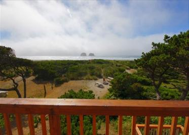 Arnold Beach House Vacation Rental  - Upper Level - Rockaway Beach Vacation Rental