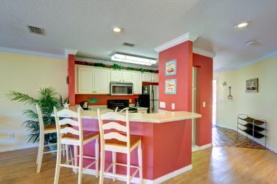 The Inn at St. Thomas Square #103 - Panama City Beach Vacation Rental