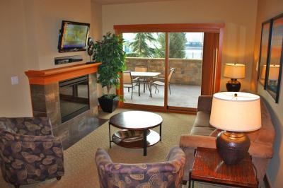Lake House: Rolling Hills (104 C) - Chelan Vacation Rental