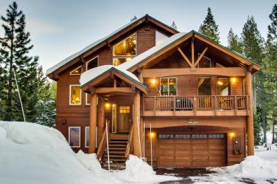 Wolf's Den Lodge on the Links - Truckee Vacation Rental