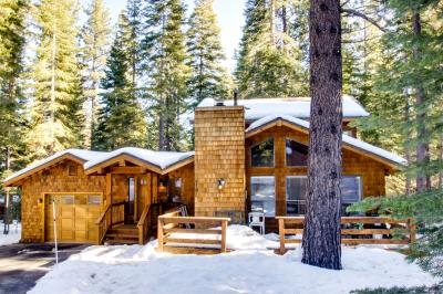 Beaver Pond Northstar Luxury Chalet with Hot Tub - Northstar-Truckee Vacation Rental