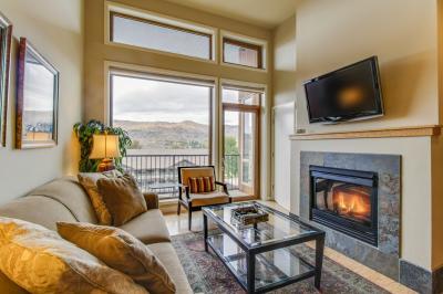 Chelan Resort Suites: Valley View Condo (#405) - Chelan Vacation Rental