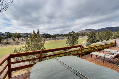 Eagle Crest Golfer's Paradise with WiFi & Hot Tub - Eagle Crest Vacation Rental