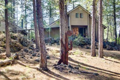 Black Butte Ranch on Signature Green - Black Butte Ranch Vacation Rental
