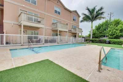 Marlin Cottages: Swordfish Slumber (#11) - South Padre Island Vacation Rental