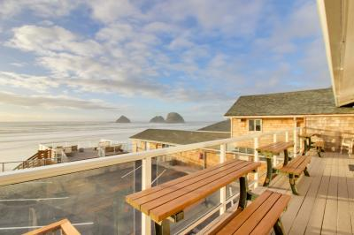 Finley Rock #11 - Oceanside Vacation Rental