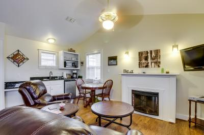 Main Street Retreat: Beary Cozy - Fredericksburg Vacation Rental
