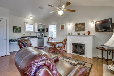 Main Street Retreat: Great Escape - Fredericksburg Vacation Rental