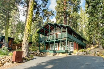The Love Nest - Tahoe City Vacation Rental
