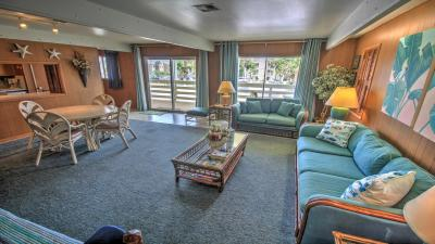 Dutch Treat House (Upper Level) - South Padre Island Vacation Rental