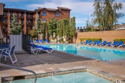 Lake House: Snowberry Patch (409B) - Chelan Vacation Rental