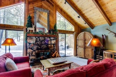 9 Cedar Lane - Sunriver Vacation Rental