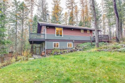 Many Lakes Cottage - Kalispell Vacation Rental