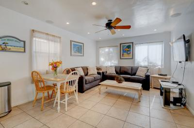 Mike's Place at the Beach - San Diego Vacation Rental
