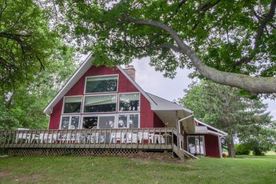 Southern Point Cottage at Inselheim Road - South Hero Vacation Rental
