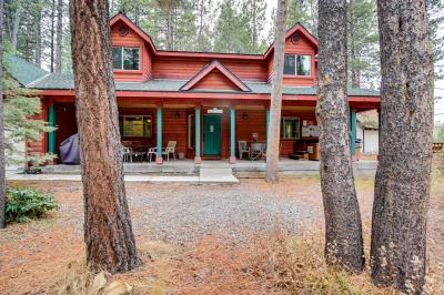 Quiet Bijou Home with Hot Tub - South Lake Tahoe Vacation Rental