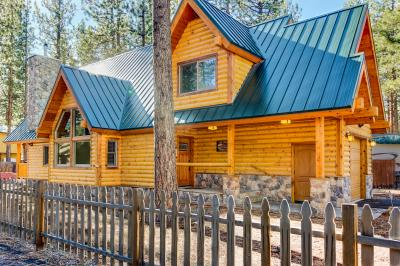 Beautiful Deer Cabin - South Lake Tahoe Vacation Rental