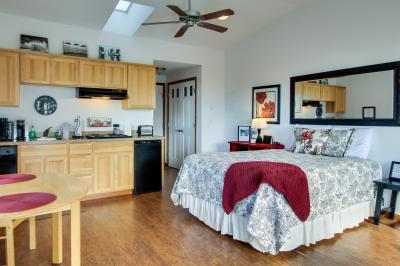 Ocean Cove: Agate - Yachats Vacation Rental
