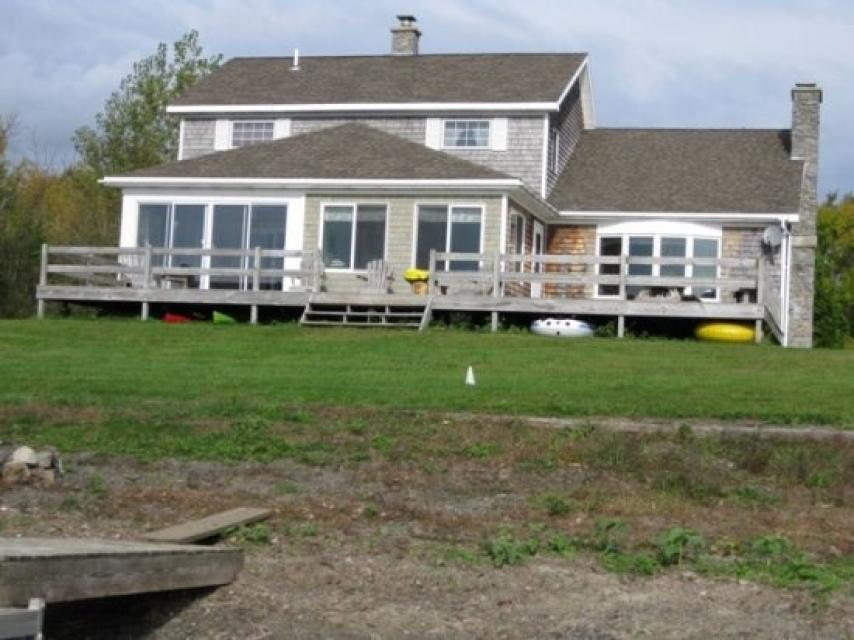Home Away from Home + Studio - North Hero Vacation Rental