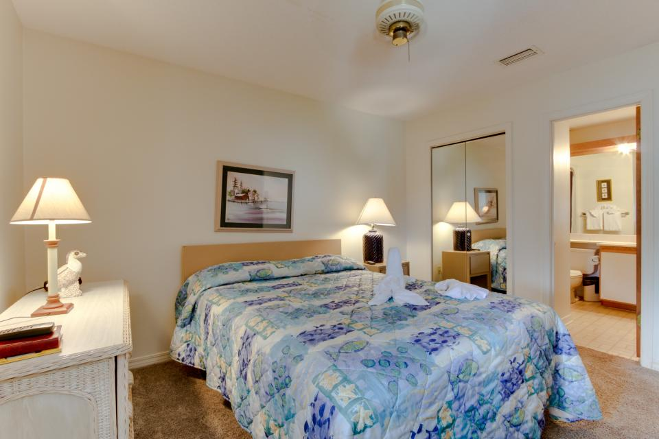 The Inn at St. Thomas Square #406 - Panama City Beach Vacation Rental