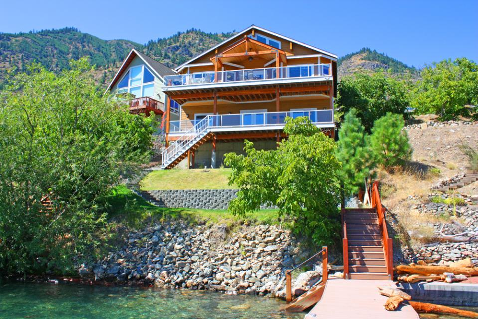 Sunrise Lakehouse - Chelan Vacation Rental