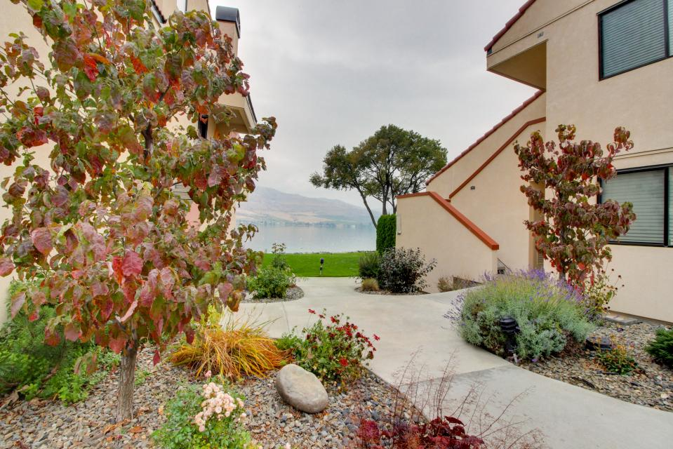 Lake Chelan Shores: Sweet Retreat  (#3-3) - Chelan Vacation Rental