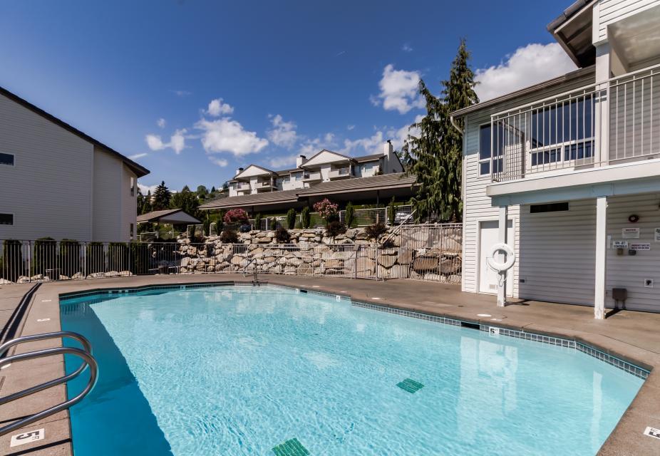 Park Pointe: Mountain View (D304) - Chelan Vacation Rental