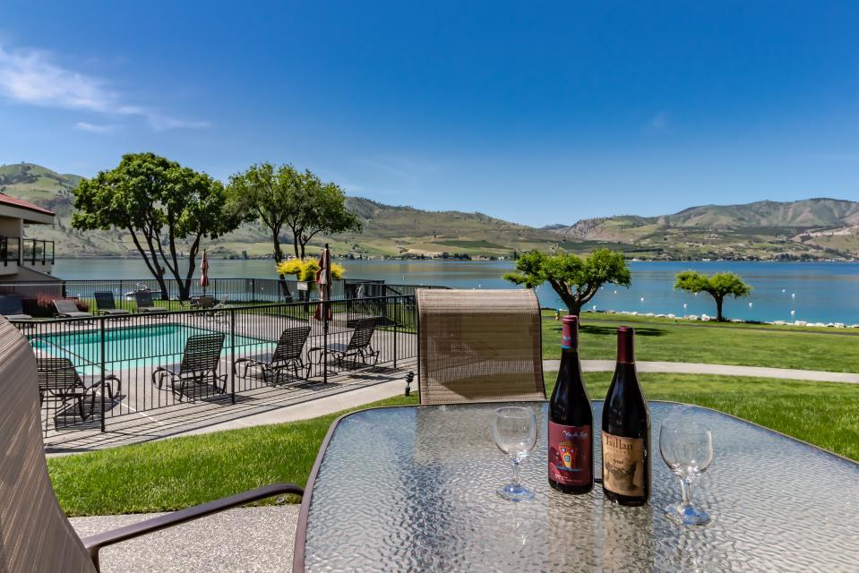 Lake Chelan Shores: Moorage Manor (#5-2)  - Chelan Vacation Rental
