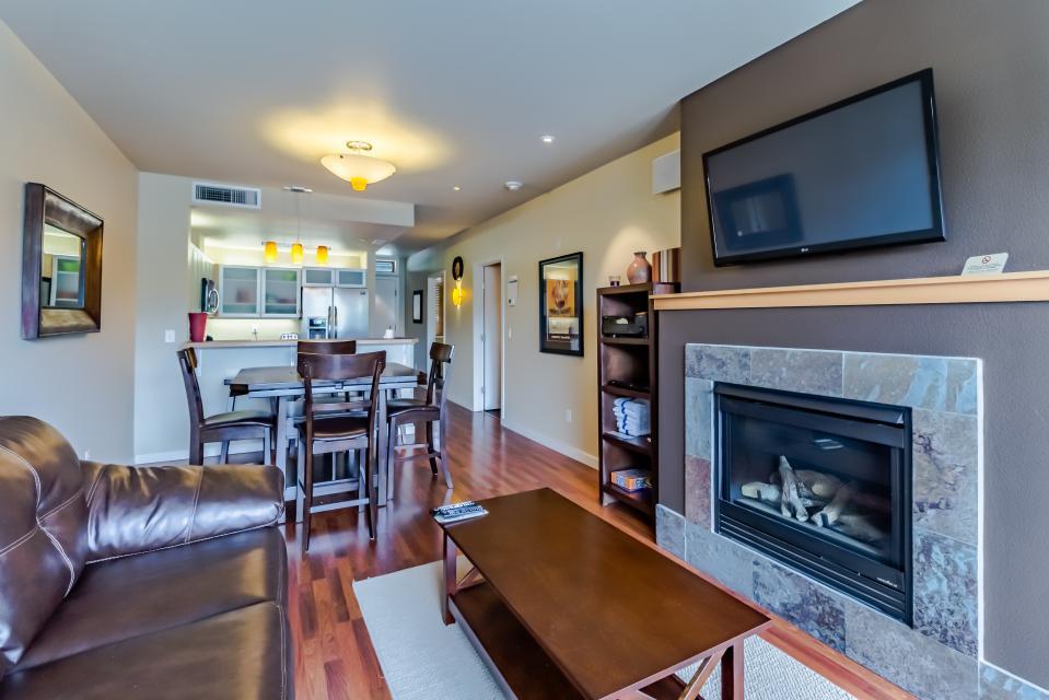 Chelan Resort Suites: Loon Song (108) - Chelan Vacation Rental