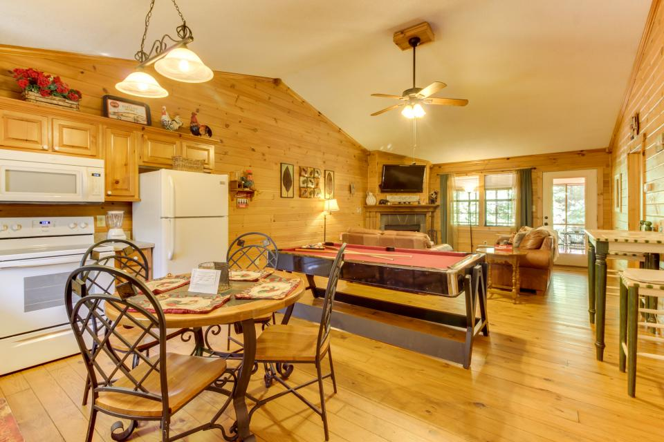 Lazy Acres - Sautee Nacoochee Vacation Rental