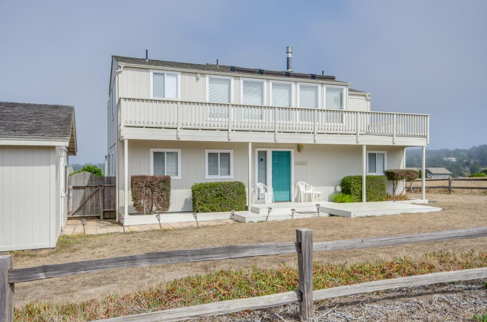 Beach House - Mendocino Vacation Rental