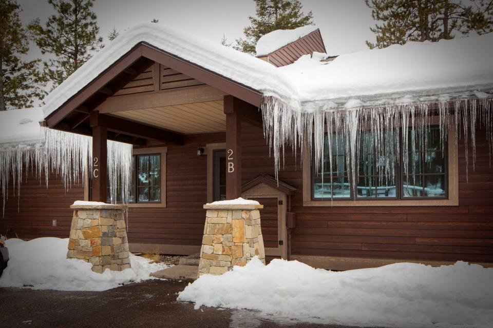 Bay Point Lakefront 2C Down - Whitefish Vacation Rental