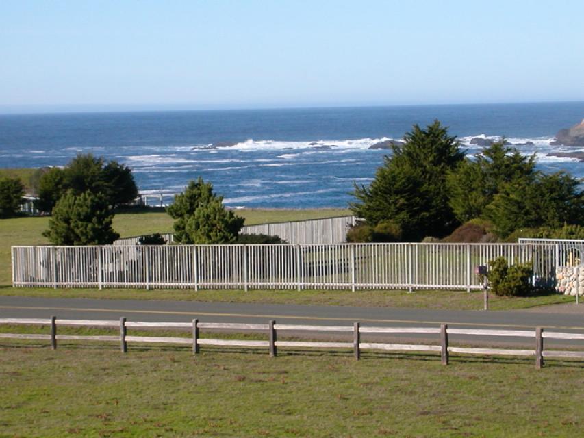 Beach House - Mendocino Vacation Rental