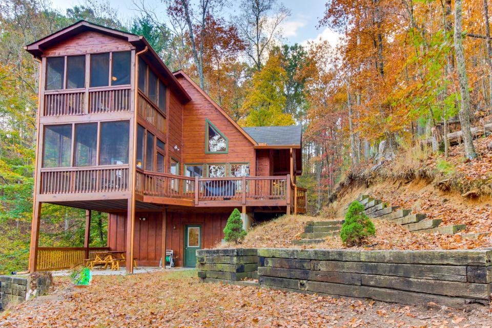 Tree House - Ellijay Vacation Rental