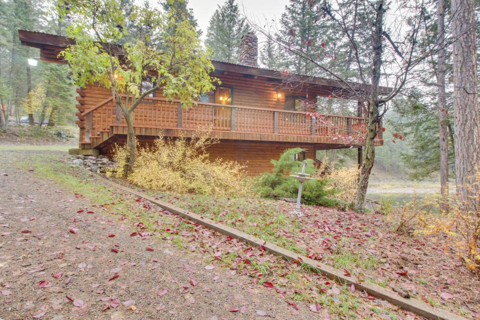 East Bass Lake Retreat - Kalispell Vacation Rental