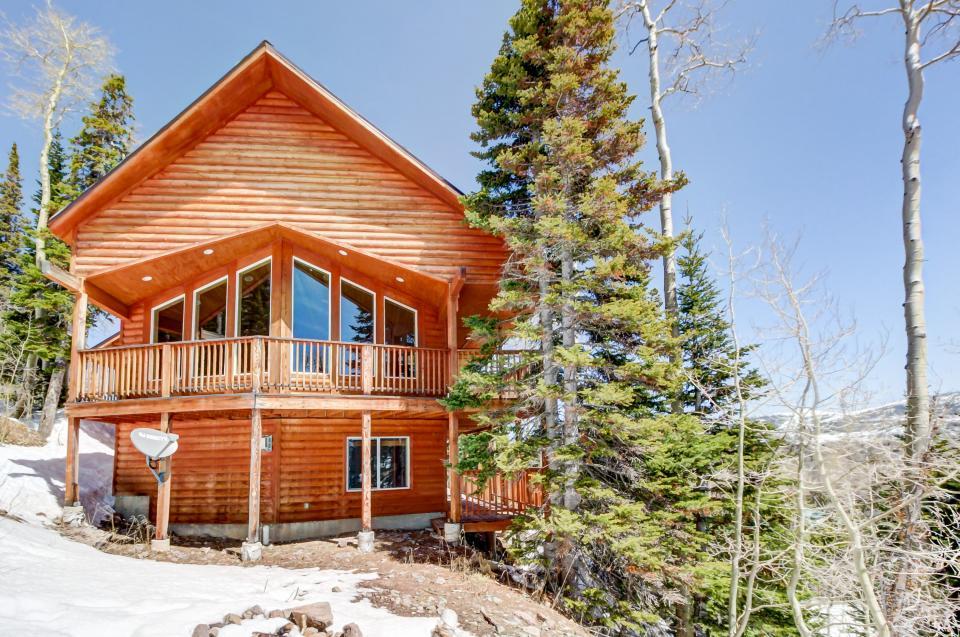 Hunter Ridge Cabin - Brian Head Vacation Rental
