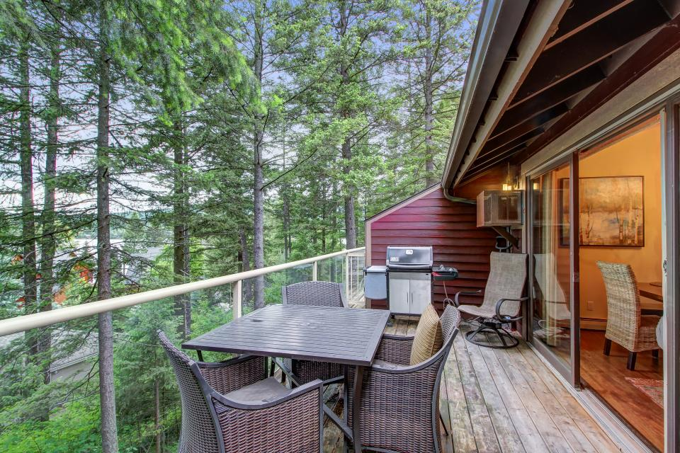 Bay Point Hillside 16B - Whitefish Vacation Rental
