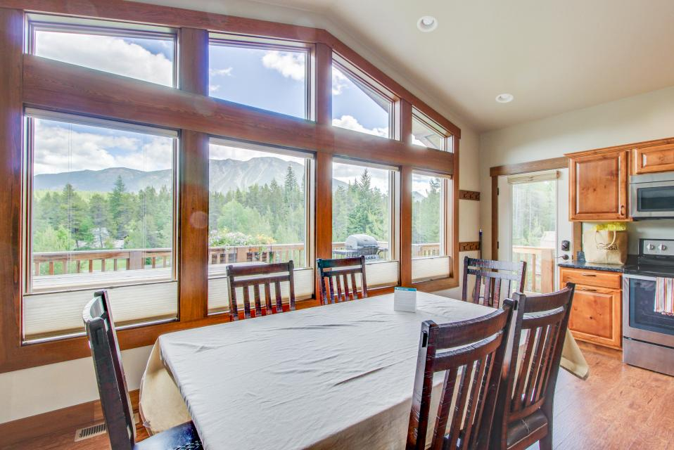 Gateway Chalet - West Glacier Vacation Rental