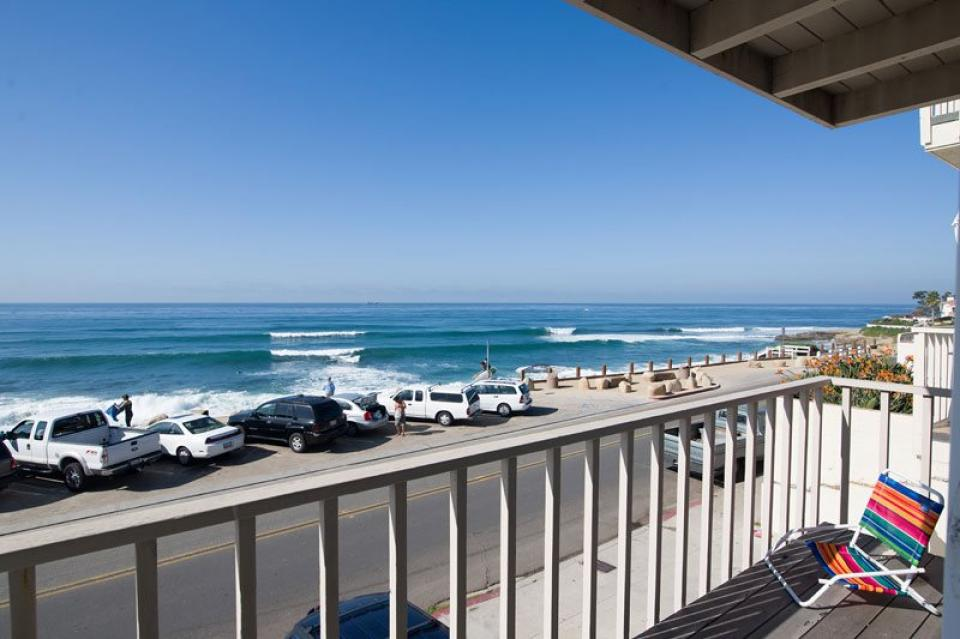 Oceanfront at Windansea Surf Break - La Jolla Vacation Rental