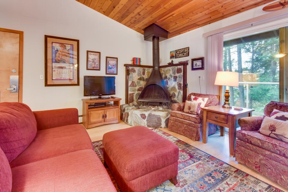 Bay Point Hillside 15B - Whitefish Vacation Rental