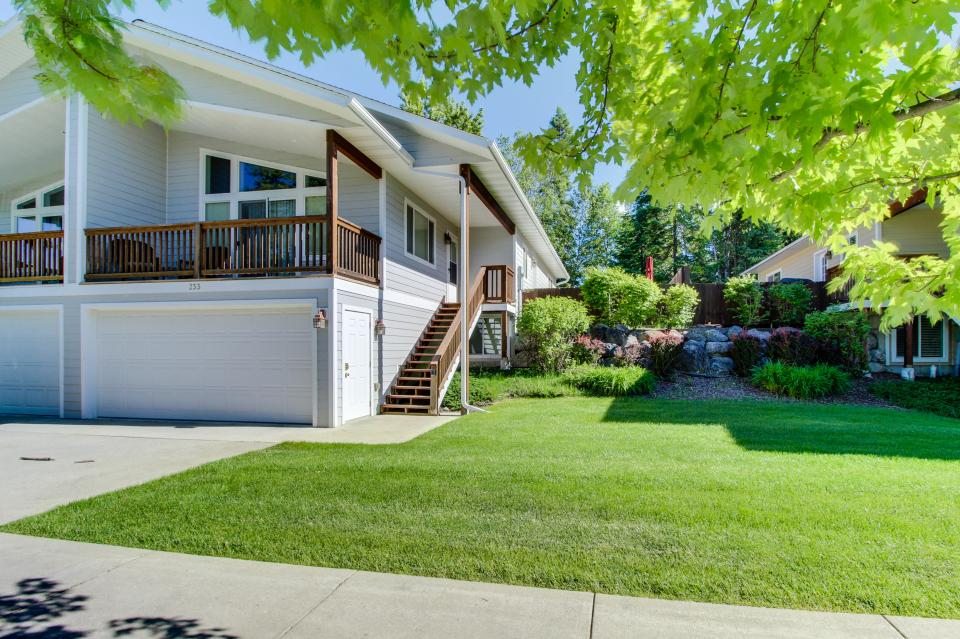 Fox Hollow Home - Whitefish Vacation Rental