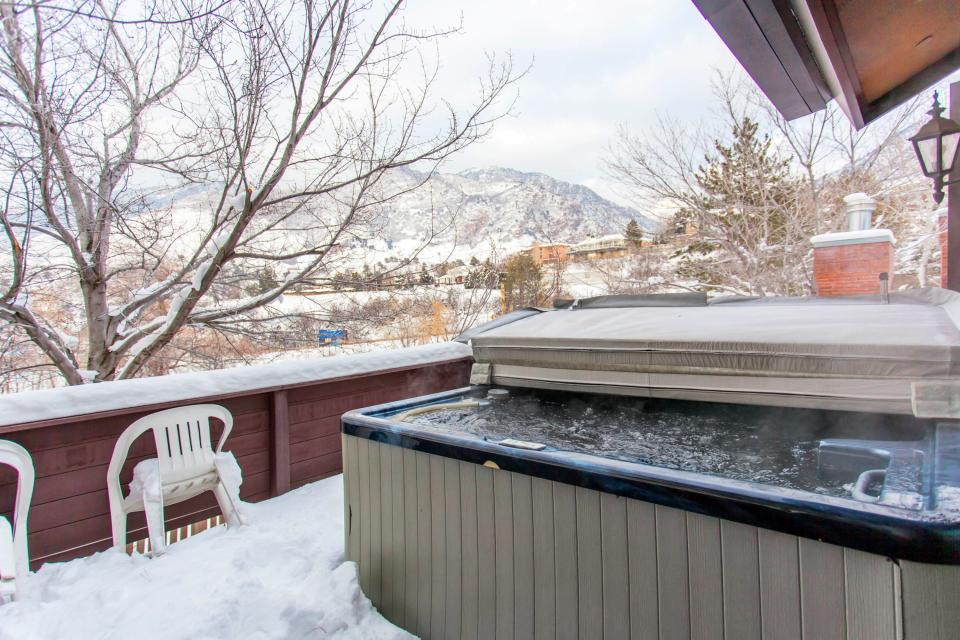 Canyon Racquet Club B-4 - Cottonwood Heights Vacation Rental